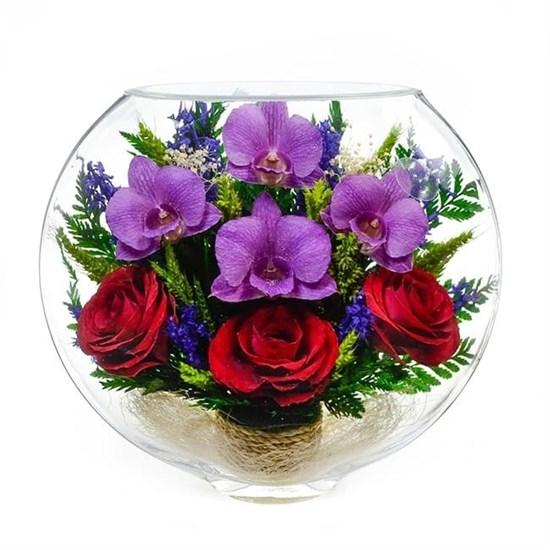 Композиция из роз и орхидей (арт. ESM-02) в подарочной упаковке
