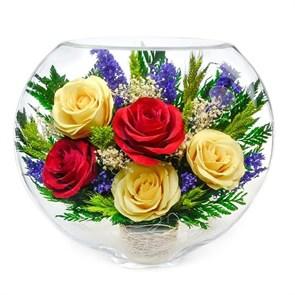 """Цветы в стекле """"Медянка"""" из натуральных красных и желтых роз в подарочной упаковке"""