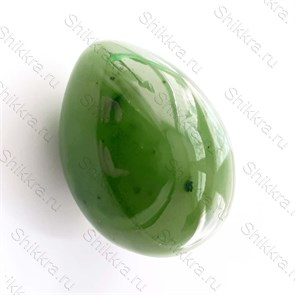 Нефритовое яйцо - 4 см. с отверстием