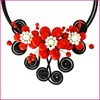 """Колье """"Сказочные цветы"""" из жемчуга и коралла"""